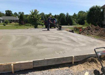 Concrete-smoothing